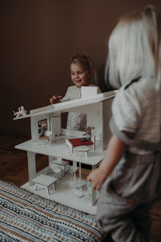 Dollhouse- White-Modern