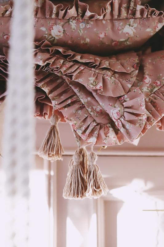 Retro Pink Flowers  -100 x 135cm, 40 x 60cm