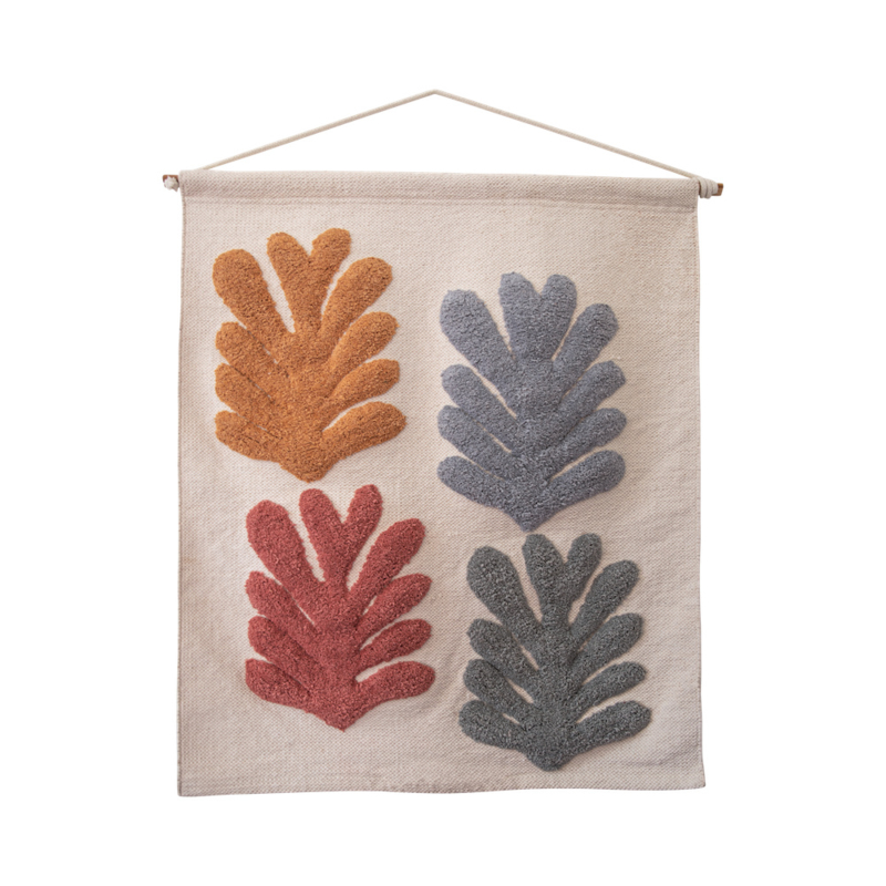 Tufted wall decoration leaves
